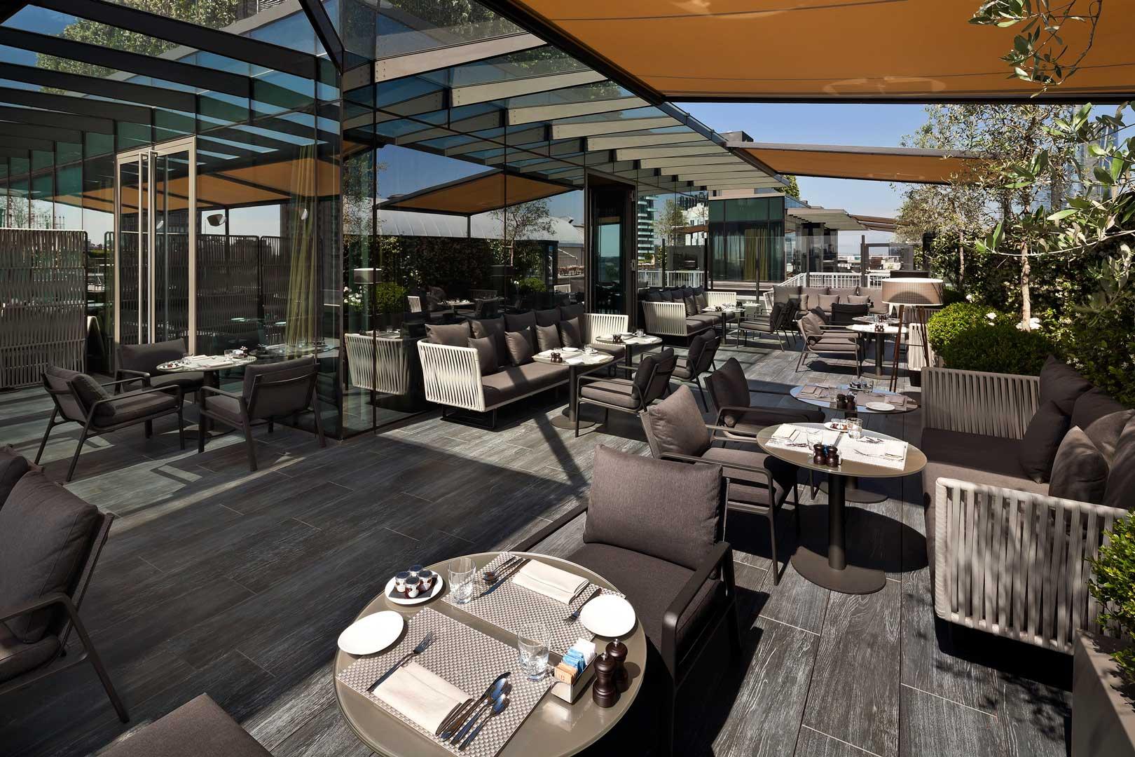 Radio-rooftop-bar-Madrid
